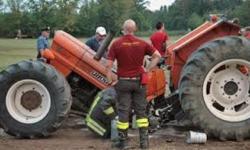 trattore  spezzato   in  due  nel  veronese