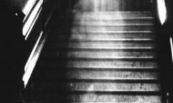 fotografo  londinese  cattura   un  fantasma