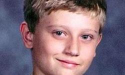 Padre con problemi mentali uccide il figlio di 13 anni