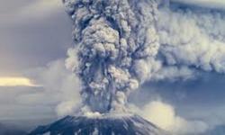La   potente  eruzione  del    vulcano   Yellowstone